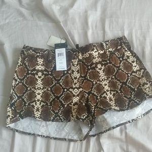 BCBGMAXAZRIA Snake pattern shorts
